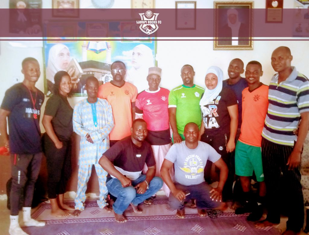 Ijayapi fc launches Jersey with King of the Community group